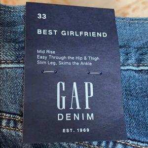 Gap best girlfrien Jean NWT. 33
